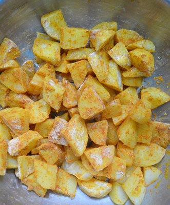 toss the potato cubes-potato fry recipe