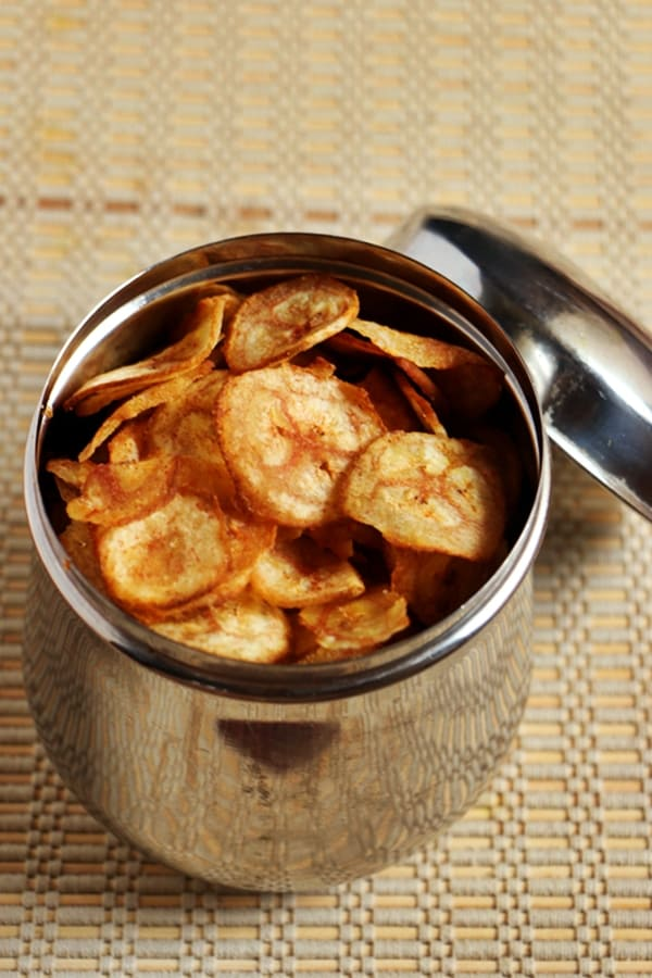 banana chips or plantain chips