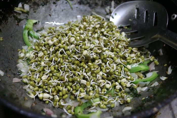 sprouted moong pulao step 7