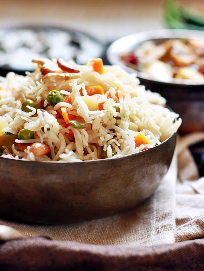 Restaurant style veg pulao served in a bowl