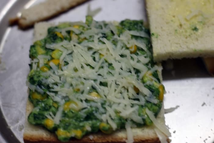 spinach corn sandwich step 7