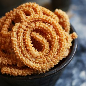 how to make peanut murukku