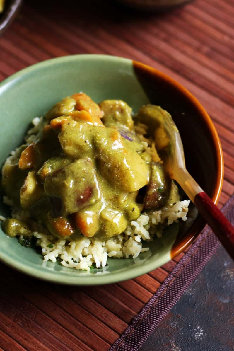 thai green curry served with rice