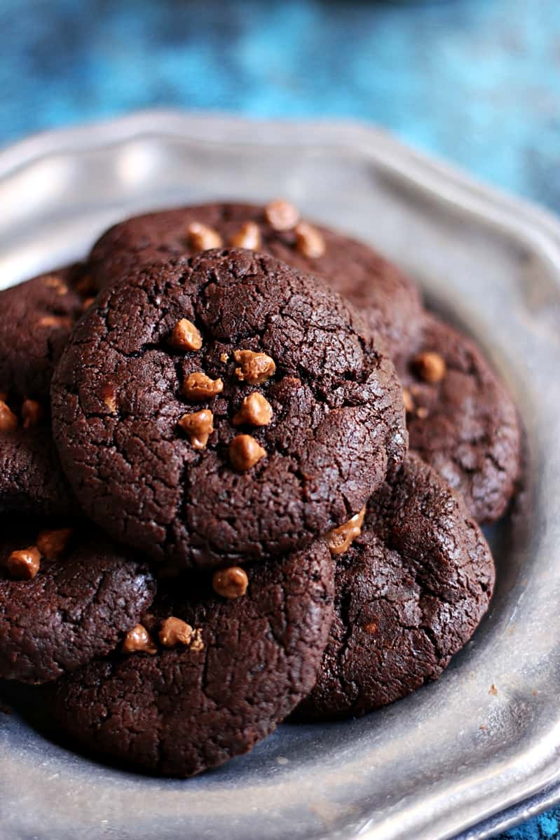 Brookies recipe-soft and chewy brookies made without eggs.