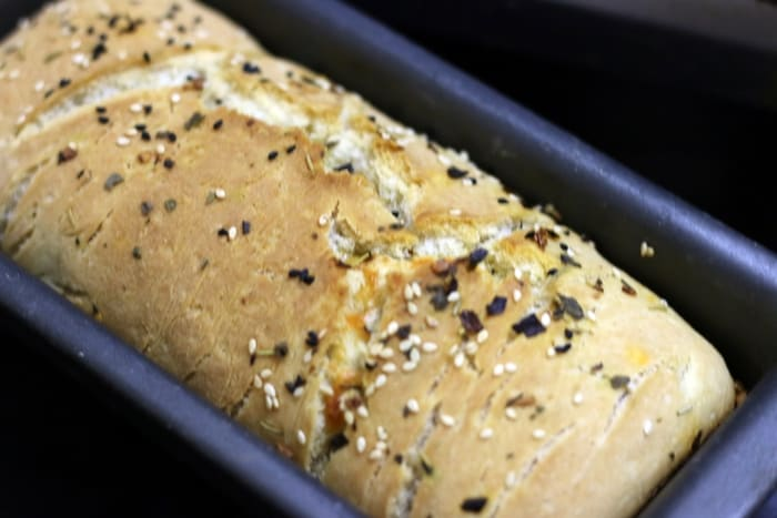 garlic loaf recipe making