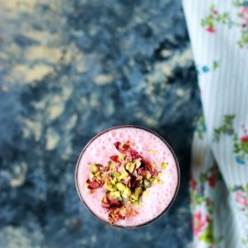 Gulkand lassi recipe is an excellent and delicious Indian summer drink that you can make it flat 5 minutes, tastes so good with subtle flavor from gulkand (rose preserve), slightly tangy from yogurt along with flavor of cardamom.