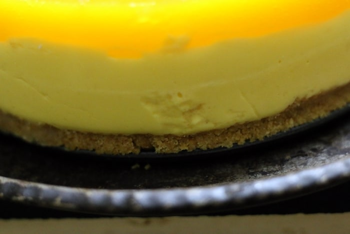 mango cheesecake recipe, no bake eggless step 12