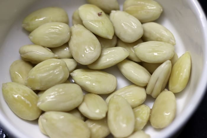 Step by step tutorial for blanching almonds at home