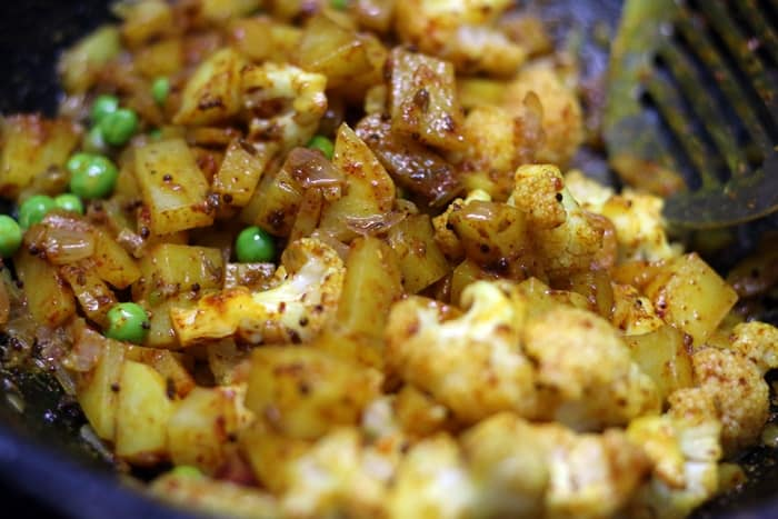 aloo gobi mutter recipe step 3