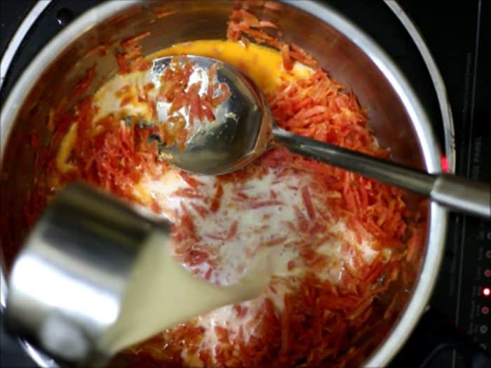 cooking carrots in milk for gajar halwa recipe