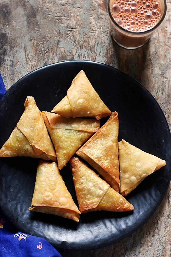 onion samosa or irani samosa served with tea