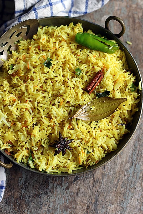 turmeric rice with warm spices